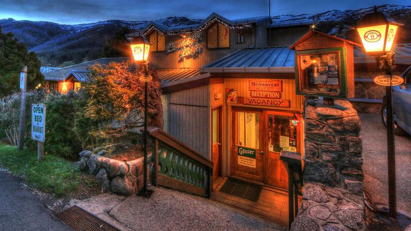 Candlelight Lodge