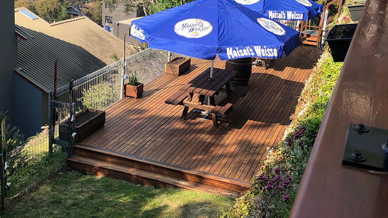 The Candlelight Lodge deck